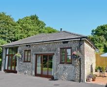Snaptrip - Last minute cottages - Tasteful Warminster Cottage S13753 -