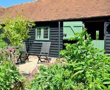 Snaptrip - Last minute cottages - Gorgeous Battle Cottage S13820 -