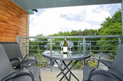 Snaptrip - Last minute cottages - Adorable Saint Austell Tyack S1288 - Relax on the furnished balcony