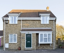 Snaptrip - Last minute cottages - Inviting Cayton Cottage S14991 -