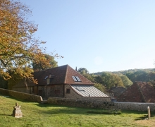 Snaptrip - Last minute cottages - Captivating Eastbourne Cottage S13935 -