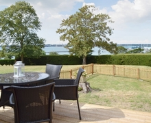 Snaptrip - Last minute cottages - Captivating Fareham Cottage S14110 -