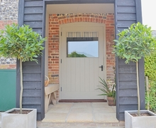 Snaptrip - Last minute cottages - Cosy Winchester Cottage S14150 -