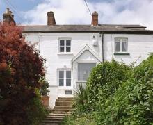 Snaptrip - Last minute cottages - Tasteful Bembridge Cottage S14178 -