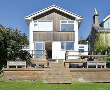 Snaptrip - Last minute cottages - Attractive Ventnor Cottage S72767 -