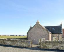 Snaptrip - Last minute cottages - Wonderful Beadnell Cottage S78156 -