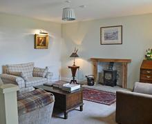 Snaptrip - Holiday cottages - Inviting Haltwhistle Cottage S50056 -