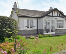 Snaptrip - Last minute cottages - Lovely Morpeth Lodge S38017 -
