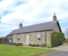 Snaptrip - Last minute cottages - Attractive Newcastle Upon Tyne Cottage S14624 -