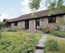 Snaptrip - Last minute cottages - Attractive Wooler Cottage S14750 -