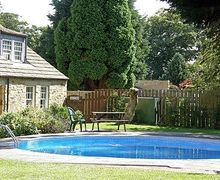 Snaptrip - Last minute cottages - Luxury Barnard Castle Cottage S14760 -