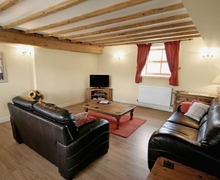 Snaptrip - Last minute cottages - Adorable Driffield Cottage S14865 -