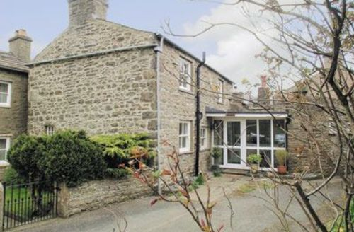 Snaptrip - Last minute cottages - Splendid Hawes Cottage S15154 -