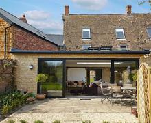 Snaptrip - Last minute cottages - Attractive All Northamptonshire Cottage S78245 -