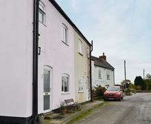 Snaptrip - Last minute cottages - Splendid Louth Cottage S73198 -