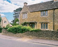 Snaptrip - Last minute cottages - Splendid Bourton On The Water Cottage S16082 -