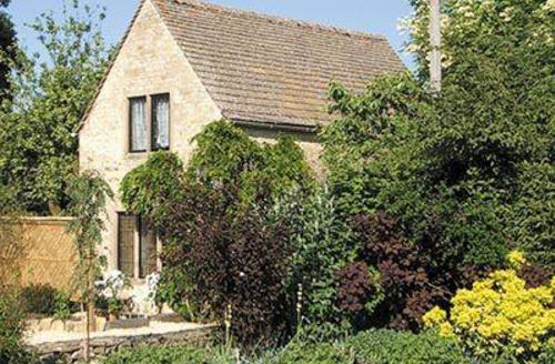 Excellent Bourton On The Water Lodge S16092
