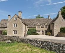 Snaptrip - Last minute cottages - Luxury Cirencester Cottage S16170 -