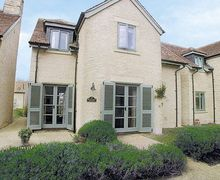 Snaptrip - Last minute cottages - Tasteful Cirencester Cottage S16190 -