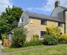 Snaptrip - Last minute cottages - Excellent Moreton In Marsh Cottage S38647 -