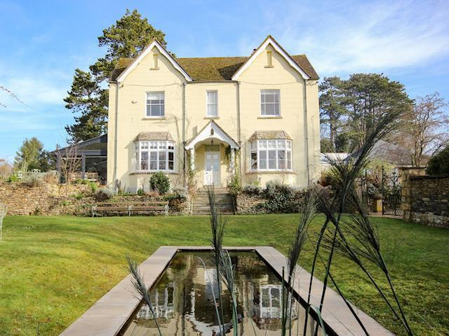 Enjoyable Prospect House Prospect House Stroud Gloucestershire Home Interior And Landscaping Ponolsignezvosmurscom