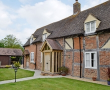 Snaptrip - Last minute cottages - Cosy Tewkesbury Cottage S24906 -