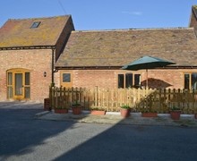 Snaptrip - Last minute cottages - Delightful Evesham Cottage S16348 -