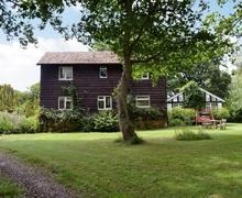 Snaptrip - Last minute cottages - Attractive Worcester Cottage S16405 -