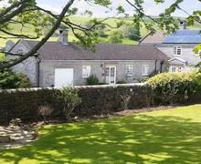 Snaptrip - Last minute cottages - Splendid Ashbourne Cottage S16417 -