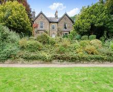Snaptrip - Last minute cottages - Exquisite Matlock Cottage S71537 -