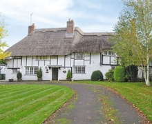 Snaptrip - Last minute cottages - Inviting All Buckinghamshire Cottage S16890 -