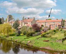 Snaptrip - Last minute cottages - Tasteful Ripon Cottage S15390 -