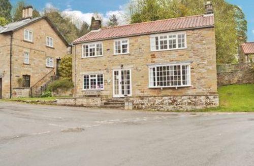 Snaptrip - Last minute cottages - Tasteful Rosedale Abbey Cottage S15401 -
