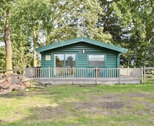 Snaptrip - Holiday lodges - Gorgeous Ely Lodge S41246 -