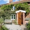 Snaptrip - Last minute cottages - Inviting Brundall Cottage S17030 -