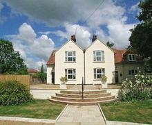 Snaptrip - Last minute cottages - Inviting Fakenham Cottage S17199 -