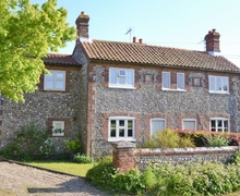 Snaptrip - Last minute cottages - Inviting Melton Constable Cottage S37755 -