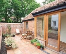 Snaptrip - Last minute cottages - Superb Horning Cottage S17377 -
