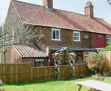 Snaptrip - Last minute cottages - Inviting Hunstanton Cottage S45104 -