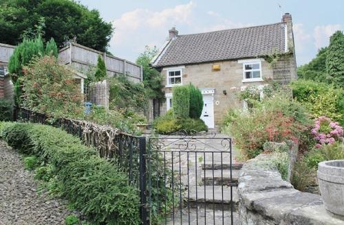 Snaptrip - Last minute cottages - Wonderful Scarborough Cottage S15454 -