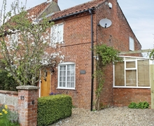 Snaptrip - Last minute cottages - Delightful Melton Constable Cottage S17525 -