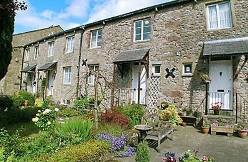 Snaptrip - Last minute cottages - Lovely Skipton Cottage S15486 -
