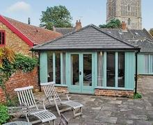Snaptrip - Last minute cottages - Superb Halesworth Cottage S17900 -