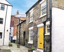 Snaptrip - Last minute cottages - Exquisite Staithes Cottage S15516 -