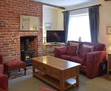 Snaptrip - Last minute cottages - Attractive Sudbury Cottage S77613 -