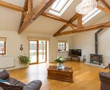 Snaptrip - Last minute cottages - Wonderful Clitheroe And The Ribble Valley Cottage S75209 -