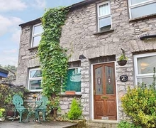 Snaptrip - Last minute cottages - Excellent Kendal And Lakes Gateway Cottage S18527 -
