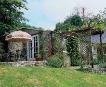 Snaptrip - Last minute cottages - Splendid Axminster Cottage S18740 -