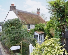 Snaptrip - Last minute cottages - Inviting Axminster Cottage S41918 -