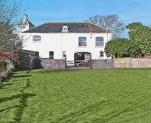 Snaptrip - Last minute cottages - Inviting Exeter Cottage S18772 -